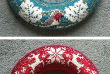 knitted Xmas wreath