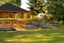 Garden Water Features / Thinking of giving your garden a makeover? See some water features here to help you make your garden nice and tranquil.