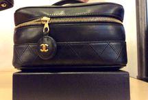 Il nuovo guardaroba Milano / Vintage second hand chic borse firmatissime accessori  abbigliamento