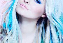 Oh girl that hair / by Brittnie Fugel