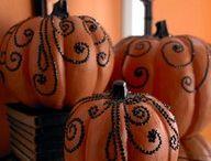 Holidays - Halloween / by Emma Clarke