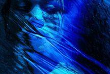 Catherine McIntyre- kobaltowe obrazy