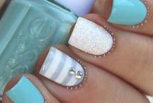 Kiley's Nails, Lol