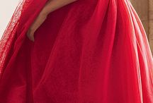Gowns / by Saby Sweetu