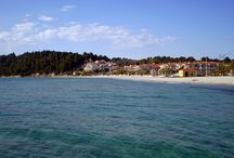 Siviri Halkidiki / Siviri is situated between Kassandreia and Fourka. It is a seaside settlement, which lately has been well developed. The great taverns, the quite and green environment characterizes the area.