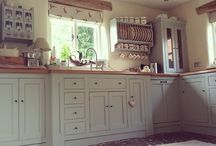Country Kitchens / Hare blinds