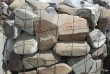 Our Natural Stones / Natural stones of all shapes and sizes that we carry at our yards