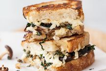 MUSHROOMS + GRILLED CHEESE