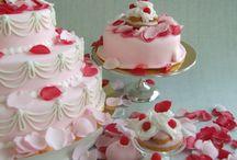 Marie Antoinette cakes