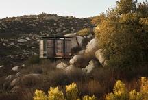House - Desert Design / by Lia .....