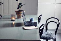 Noir et déco / Ambiances cuisines avec du noir et du blanc sans être trop simpliste