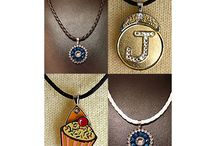 Golf Ball Marker Necklaces / Golf ball marker necklaces make a great gift for a lady golfer or as a ladies golf tournament gift.  Wear them on the golf course and out to dinner.