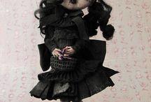 poupées spéciales