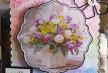 Flower themed cards, gifts and home decor / All sorts of projects with a flower theme....