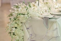 Champagné White Wedding / Champagne and white wedding, floral runners, white roses and orchids, champagne table cloths, breathtaking main table. An incredible wedding  captured by Rensche Mari - she is a phenomenal photographer! Flowers and decor by Zavion Kotze Events Company