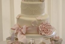Beautiful Cakes / by Stephanie Croskey-Jones