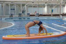 Pilates Sup & Pool / Arriba al DiR una de les activitats més innovadores que combina ioga, pilates i fitness sobre una taula de Stand Up Paddle (SUP) a una piscina. Si vols saber més consulta l'article a la Revista del DiR: bit.ly/pilatessup-pool