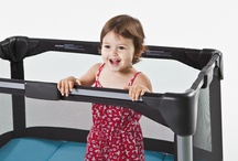 4moms: breeze / The 4moms breeze playard is seriously easy - it opens or closes in one step.