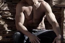 Sexy Guys / by Tayla Alexander