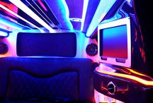 2013 Chrysler 300  / The newest addition to your fleet - 6 passenger #limousine