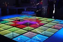 Piso Led 3D-DMX PRODUCCIONES   Superficie en vidrio y un novedoso efecto de profundidad. / Piso Led desarrollado por DMX ILUMINACIÓN. Una propuesta innovadora en led con efecto de profundidad, posibilidad de 16 millones de combinaciones de colores y controlada por interface virtual bajo protocolo Dmx 512. Múltiples efectos y programación de secuencias.  Medellín - Colombia  Tel: 3015446120 Mail: dmxiluminacion@gmail.com
