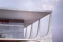 Architects - Oscar Niemeyer