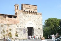 San Gimignano / The stunning walled medieval town of San Gimignano is just one of Tuscany's highlights.