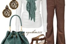 Outfits to try / by Kimberly Woods