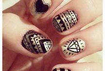 Nails. / by Mika Natori