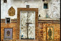 Doors and 4 walls