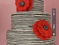 Cakes and Desserts / by Maria Suarez Garcia