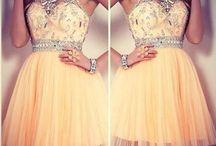 Платья / Здесь вы можете найти множество платьев на любой вкус