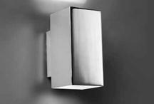 BASIC / Colección de líneas puristas ideal para iluminar pasillos y escaleras.