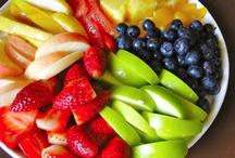 fruits et légumes / fruits & veggies :) / by Sophia Yuen