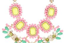 Collares / by Susana Monge