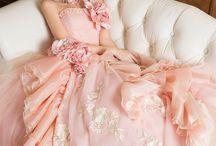 ➳ Robes de mariées / Belles inspirations pour le choix de votre robe... #weddingdress #dress #magic #wedding #mariage #fashion #white / by Bloom Events