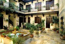 cours intérieures ,patios,vérandas. courtyards and verandas. αυλές  και βεράντες