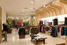 -ARITZIA ON BLOOR STREET TORONTO-