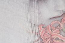 невесомые девы в обществе цветов