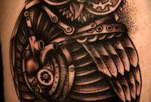 Sowi tatuaż