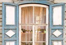 Nalichniki-Russian wooden carved windows
