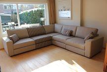 Inspiratie | S O F A / Meubls is een eigentijdse interieurboetiek met een stoere eigen collectie. Al onze meubels worden op ambachtelijke wijze in Nederland geproduceerd. Ook kunnen onze meubels op maat worden gemaakt, geheel in te vullen naar wens en smaak van de klant. Hier ziet u een aantal door ons en de klant ontworpen zitmeubelen.