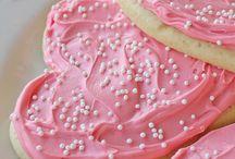 baking / by Heather Honcharik