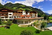 Hotel AlpWell Gallhaus**** / The Gallhaus in Valle Aurina awaits you with the pampering wellness of a Belvita Hotel and an active programmes promising intensive experiences.