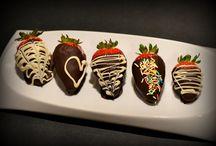 dessert love / delicious desserts cookies chocolates cakes muffins