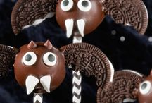 Spooky Sweet Halloween Treats / Make your Halloween deliciously fun with spooky Oreo sweets and treats. No tricks here, these recipes will get you in the Halloween spirit for every party. / by Oreo