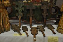 cruci de mână şi de perete