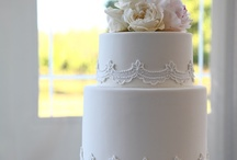 white wedding cakes / by Robin Koelling