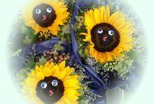 Wochenmarkt in Edigheim / Freitag ist Markttag in Edigheim!  Wir haben heute schön ausgeschmückte Sonnenblumen für Sie, frische tolle Rosen, traumhaft farbenprächtige Gladiolen, hübsche Chrysanthemen und schöne bunte Sträuße. Es erwarten Sie winterharte Stauden, kräftige Beet- und Balkonpflanzen und kreative Geschenkideen mit Pflanzen.  Besuchen Sie uns auf dem Edigheimer Wochenmarkt. Wir freuen uns auf Sie!