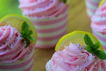Cupcakes / by Missy Shutts